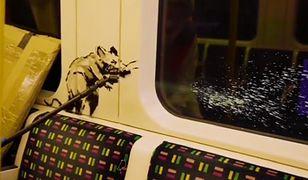 Banksy rozpoczął akcję w metrze. Chce, by ludzie nosili maseczki w miejscach publicznych