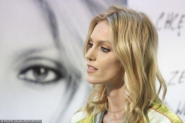 Anja Rubik rzuciła się w wir pracy. Modelka promowała swoje perfumy we Wrocławiu