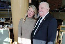 """Lech Wałęsa spotkał się z uczestniczkami """"Żon Hollywood"""""""