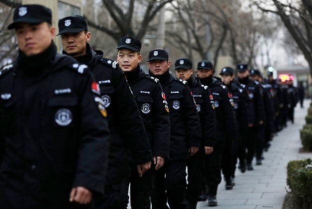 Ostrzeżenia dla obywateli zachodnich krajów w Pekinie