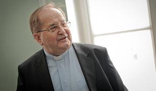 MSZ przyznało dotację uczelni ojca Rydzyka. Pieniądze trafią też do stowarzyszeń sympatyzujących z PiS