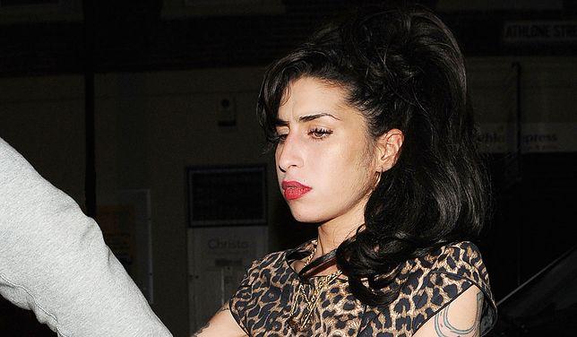 Były mąż Amy Winehouse domaga się odszkodowania. Rodzina jest oburzona