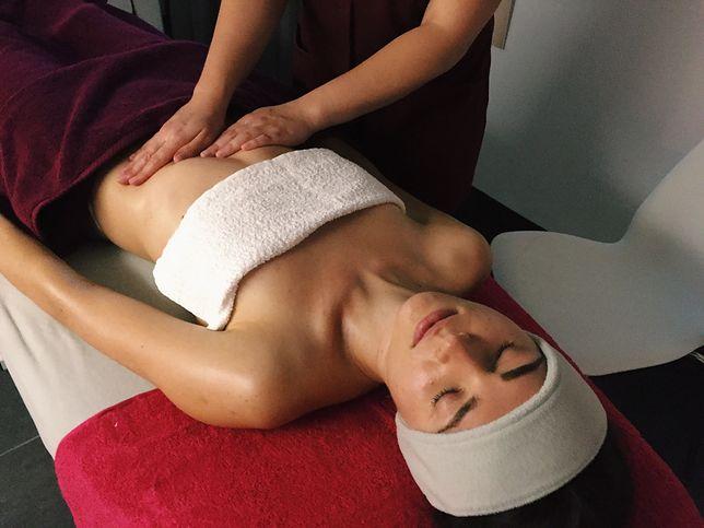 #nawłasnejskórze: Przetestowałam regenerujący zabieg na ciało Dermika Salon&Spa