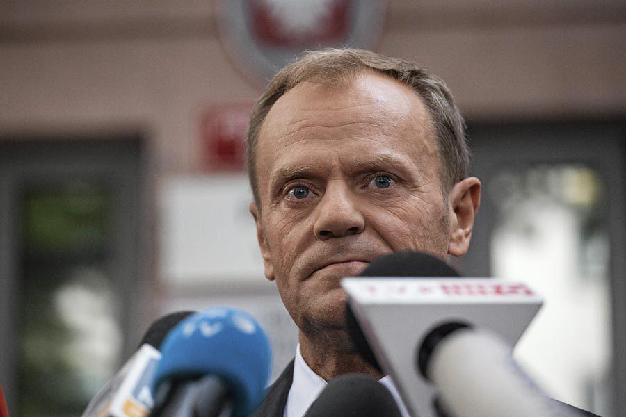 Donald Tusk alarmuje: strategia PiS czy plan Kremla?