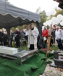 Pogrzeb tragicznie zmarłego 4-letniego Piotrusia. Ludzie spełnili prośbę rodziców