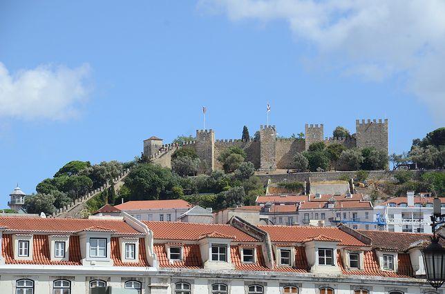 Zamek św. Jerzego w Lizbonie to jeden z najbardziej rozpoznawalnych budynków