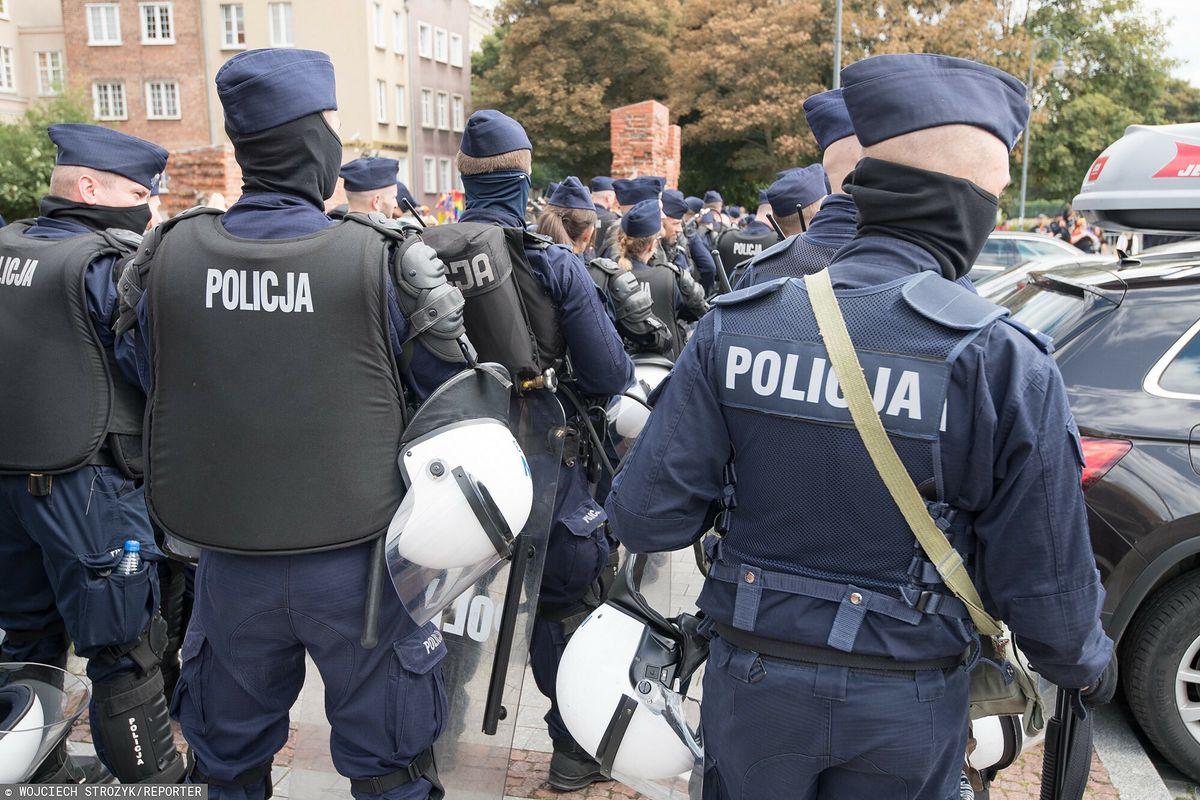 Jakub Gończyk pod pseudonimem opowiada o pracy policji
