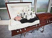 Od marca 2011 r. niższy zasiłek pogrzebowy