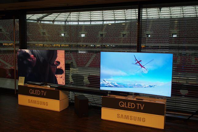 QLEDy Samsunga na tle Stadionu Narodowego prezentowały się zjawiskowo...