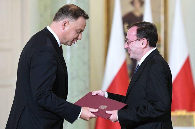 Andrzej Duda (prezydent) oraz Mariusz Kamiński (minister spraw wewnętrznych oraz minister-koordynator ds. służb specjalnych)