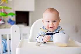 Dieta niemowlaka - potrzeby niemowląt, mleko, rozszerzenie diety, czego unikać, zmuszanie do jedzenia, alergie pokarmowe