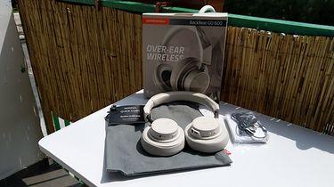 Plantronics BackBeat Go 600 — nieźle brzmiące, bezprzewodowe słuchawki nauszne