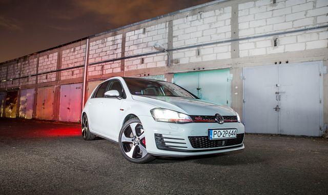 Volkswagen Golf VII GTI Performance – sprawdzony przepis na sukces