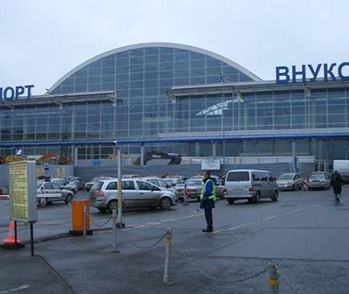 11-latka sama bez biletu poleciała do Petersburga