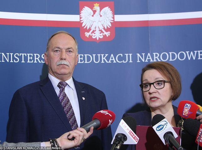 Związkowcy oskarżają Ryszarda Proksę, że reprezentuje interesy rządu