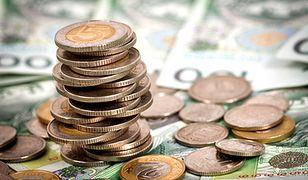 Tak rosną opłaty za konta i operacje w bankach