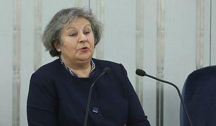 Dorota Czudowska zadawała podczas ostatniego posiedzenia Senatu filozoficzne pytania