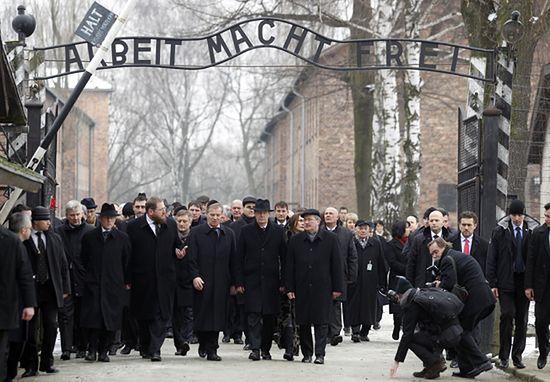 Prezydenci Polski i Niemiec razem w Auschwitz - zdjęcia