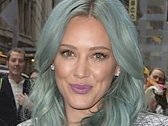 Blond z odcieniem niebieskiego to najmodniejszy kolor włosów