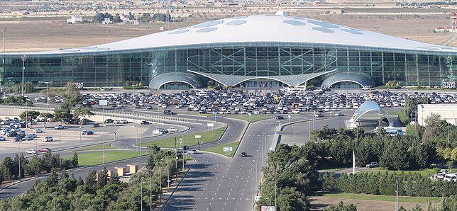 Z lotniska w Baku można w prosty sposób dostać się do centrum miasta