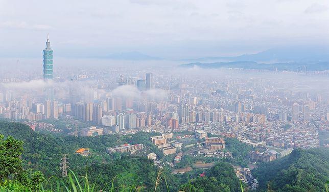 Nad miastem góruje drapacz chmur Taipei 101