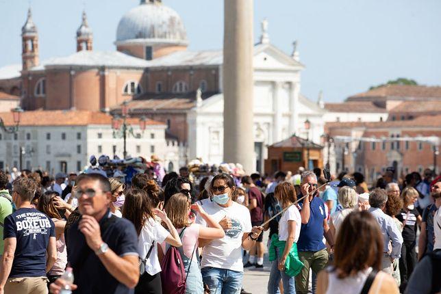 Tłumy turystów wróciły do Wenecji