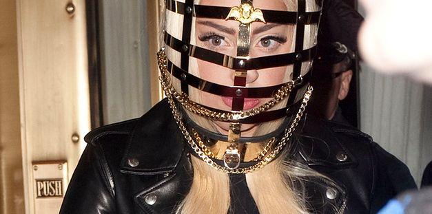 Lady Gaga założyła kaganiec!