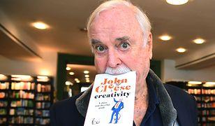 Kiedyś rozśmieszał do łez. Dziś John Cleese uczy kreatywności
