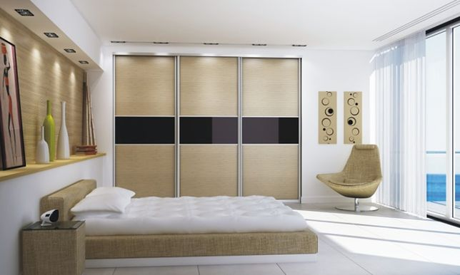 Wyposażenie szafy i garderoby. Jak je zaplanować, by wszystkie rzeczy znalazły swoje miejsce?