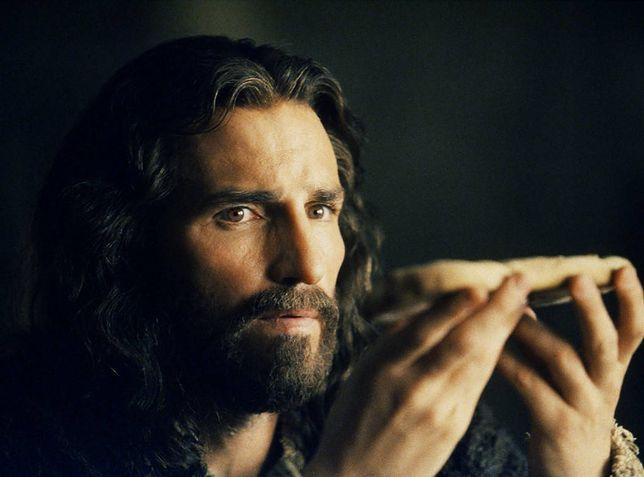 """Jim Caviezel jako Chrystus w """"Pasji"""" Mela Gibsona (2004)"""