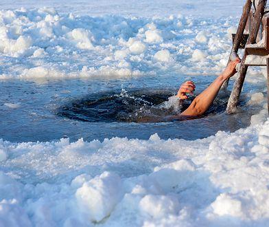 Morsowanie to kąpiele w lodowatej wodzie