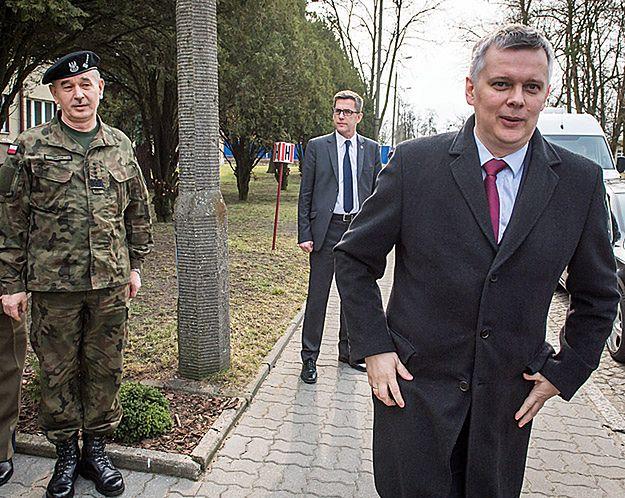 Tomasz Siemoniak w rozmowie z Pawłem Lisickim: kto zapłaci za emerytury mundurowych?