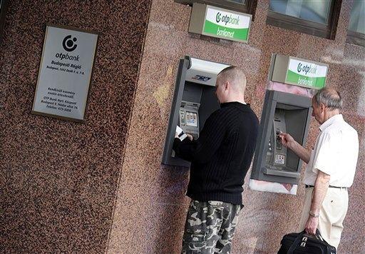 Polacy nie chcą kredytów - banki nie dają za wygraną