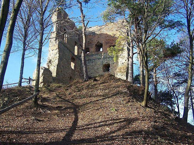Odbudują zamek z Melsztyna. Gmina dostała pieniądze na dalszy remont