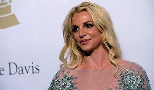 Ojciec Britney Spears odpiera zarzuty. Sam pragnie końca kurateli córki