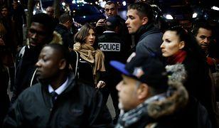 Protestujący nacierali, śpiewając Marsyliankę