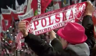 Większość Polaków śpiewając hymn Polski łamie ustawę, nawet o tym nie wiedząc.