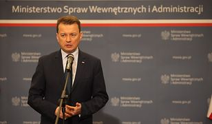 Minister Błaszczak: otwieramy nowe posterunki. PO: czystki i niekompetencja