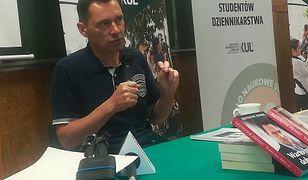 """Krzysztof Ziemiec, prowadzący """"Wiadomości"""", na spotkaniu ze studentami przekonywał, że niezależnego dziennikarstwa nie ma."""