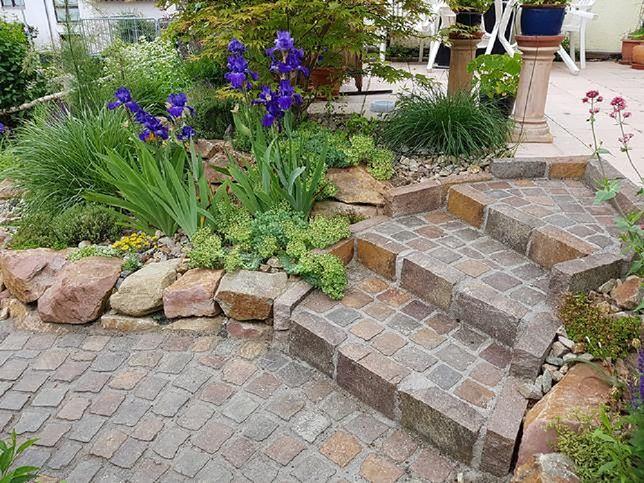 Zadbane schody, trakty i podjazd są ozdobą domu i ogrodu