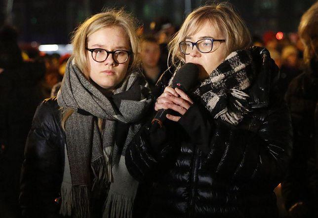 Magdalena Adamowicz zabrała córki do USA. Nie pozwalają jej przeżywać straty po swojemu