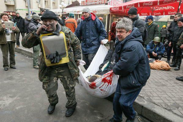 W Kijowie całonocne rozmowy ws. rozwiązania kryzysu. O 11 czasu polskiego podpisanie porozumienia