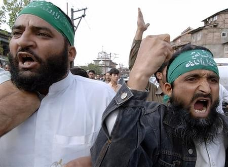 Nie słabnie fala islamskiego protestu