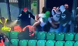 Skandal na meczu Legii. Chuligani próbowali wedrzeć się do sektora gości. Komentarz władz klubu