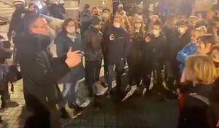 Protesty w Polsce. Ksiądz rozmawiał z osobami, które przyszły pod katedrę