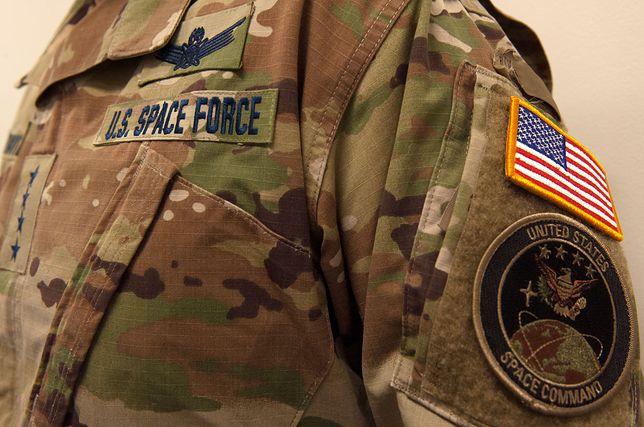 US Space Force w leśnym kamuflażu