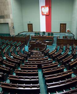 Najnowszy sondaż: historyczny wynik PiS. Do Sejmu weszłoby 5 partii