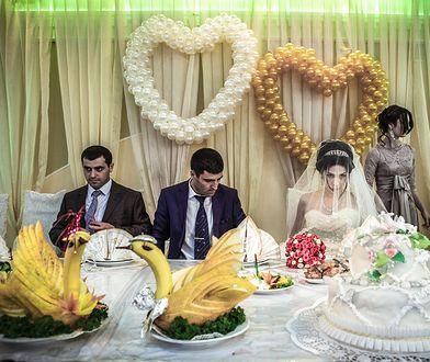 Goście weselni byli zaskoczeni posiłkiem, który otrzymali