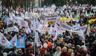 PO w protestach ma wspomóc lewica, która chce wykorzystać swój duży atut w postaci organizacji związkowych działających w sferze budżetowej i w przedsiębiorstwach państwowych