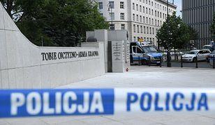 Samopodpalenie przed Sejmem. Mężczyzna zapewnił, że nikt na niego nie wpływał